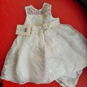 Beautiful new 2 piece baby girl dress